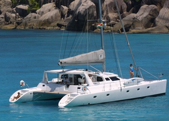 Luxury Catamaran Rental Voyage 500