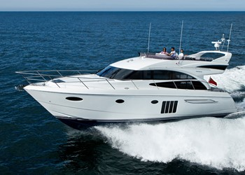 Charter Motorboot Princess 60