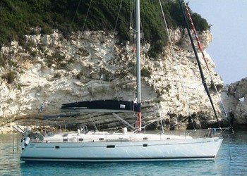 Sailboat for Charter Oceanis 505