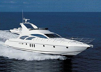 Моторная яхта чартер Azimut 68 Plus Fly