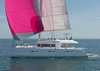 Luxury Catamaran for Rent Lagoon 620 (5 cab)