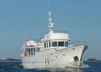 Motor Boat for Rent Feadship Classic 26