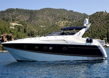 Motor Boat for Charter Sunseeker 50 Camargue (3 cab)