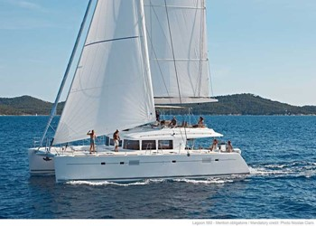 Luxury Catamaran for Rent Lagoon 560 (5 cab)