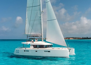 Luxury Catamaran for Rent Lagoon 52 (4 cab)