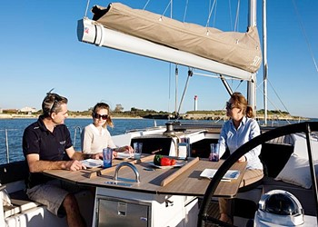 dufour_500_grand_large_5_cab_3.jpg Yacht Image - 3