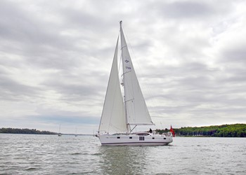 oyster_575_1.jpg Yacht Image - 3