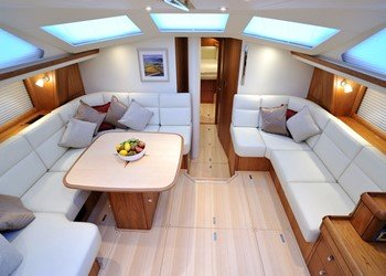 oyster_575_int_10.jpg Yacht Image - 5