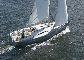 Sailboat for Hire Hanse 531