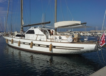 my_lotty__1a.jpg Yacht Image - 2