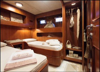 my_lotty__6b.png Yacht Image - 8