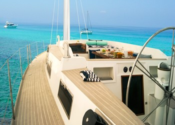 Sailboat Holidays Voyager Dreams 70