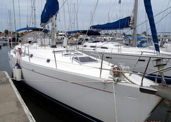 Sailboat for Charter Beneteau 505