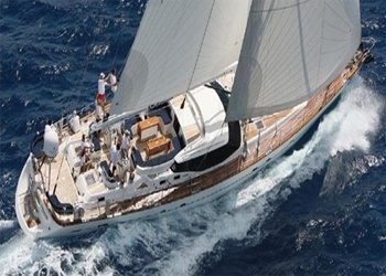 Sailboat Hiring Oyster 82