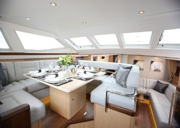 oyster_82_3.jpg Yacht Image - 3