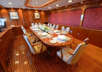 yacht_camellia_-_formal_dining.jpg Yacht Image - 7