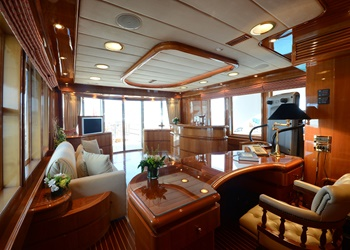 yacht_camellia_-_skylounge_looking_aft.jpg Yacht Image - 10