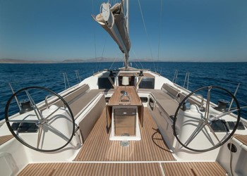 dufour_560_grand_large_4_cab_5.jpg Yacht Image - 5