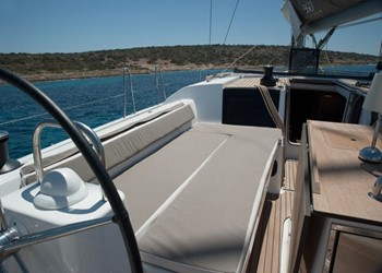 dufour_560_grand_large_4_cab_6.jpg Yacht Image - 7