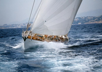 classic_cruising_sloop_3.png Yacht Image - 3