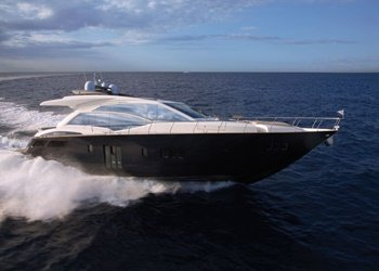 absolute_70_6.jpg Yacht Image - 1