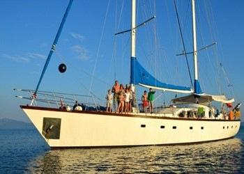Chartern Segelboot Ketch 75