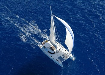 Luxury Catamaran Rental Lone Star