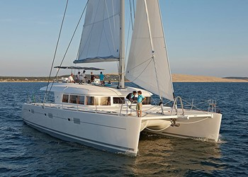 Luxury Catamaran for Rent Lagoon 620 (3 cab)