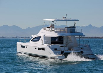 Luxury Catamaran Hire Leopard 51 Powercat Premier
