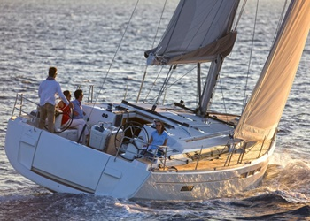 Sailboat Rental Sun Odyssey 519