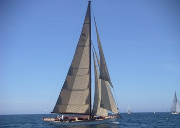Sailboat Holidays Classic Cutter