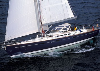 Sailboat for Charter Beneteau 57