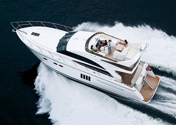 Charter Motorboot Princess 62