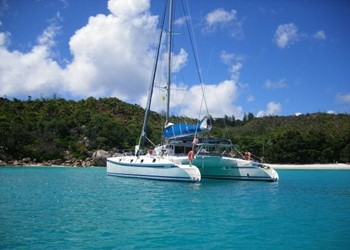 outremer_55_2.jpg Yacht Image - 2