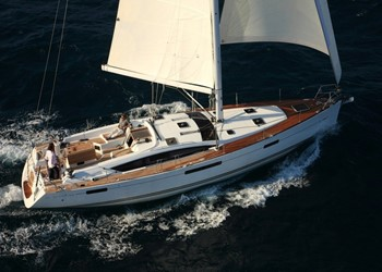 Sailboat Rental Jeanneau 53