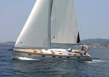 Sailboat for Charter Bavaria 55