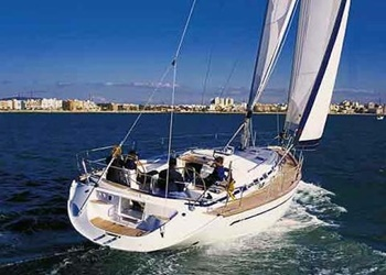 Sailboat for Charter Bavaria 50