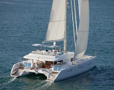 Noleggio yacht di lusso croazia italia grecia for Catamarani di lusso
